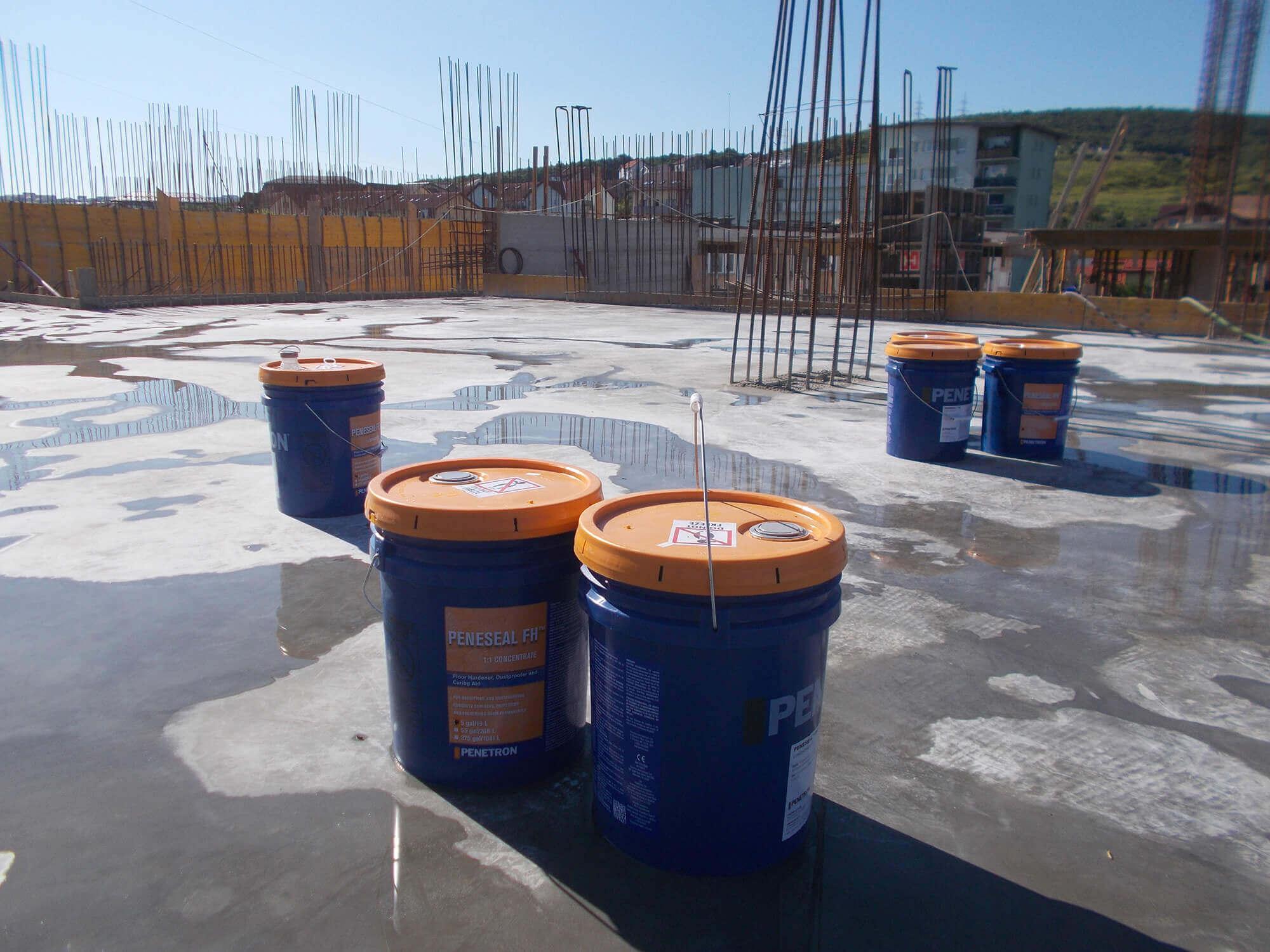 Chất tăng cứng bề mặt dạng lỏng peneseal FH